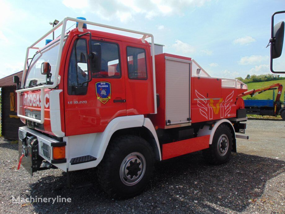 пожарная машина MAN 4X4  JEDNOSTRUKA  GUMA  10.220, 2004 god